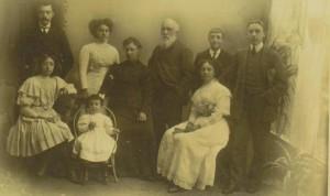Manuel Leiras Pulpeiro e familia